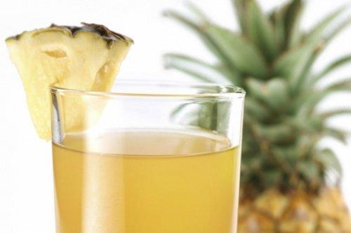 Eau-d'ananas-500x333