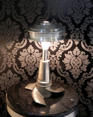 La lampe hélice