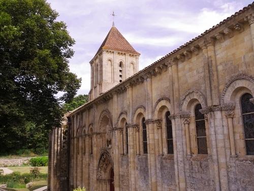 Melle et ses 3 églises romanes dans les Deux-Sèvres (photos)