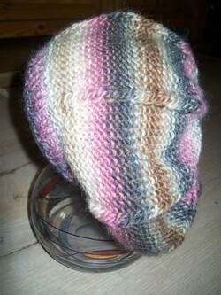 Bonnet et mitaines au tricot