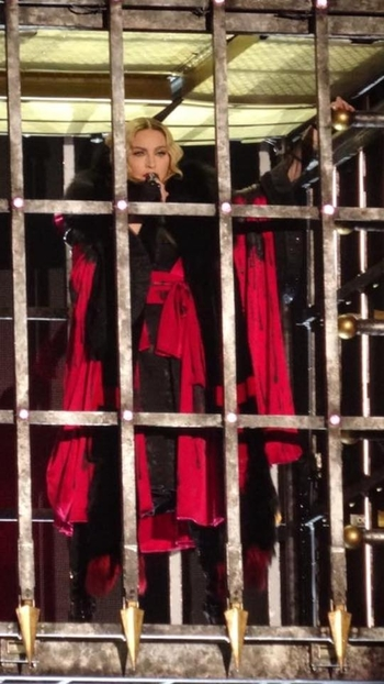 Rebel Heart Tour - 2015 12 14 Manchester (4)