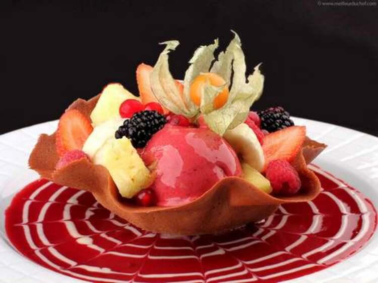 Recette de cuisine : Tulipe de fruits frais et sorbets