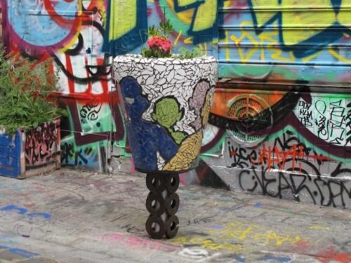 street-art Denoyez pot fleur 8804