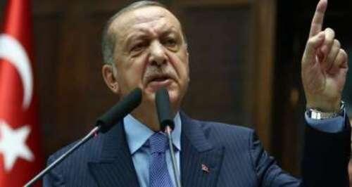 """Erdogan s'emporte contre le """"manifeste des 300"""" sur l'antisémitisme et contre la France"""