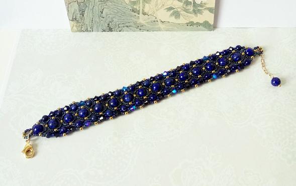 Bracelet tissé Pierre bleue de Lapis-Lazuli naturel et Cristal de Swarovski / laiton doré et plaqué or 14kt Gold filled