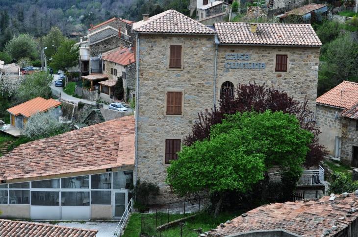 La Mairie (Casa Comuna) - Tolla