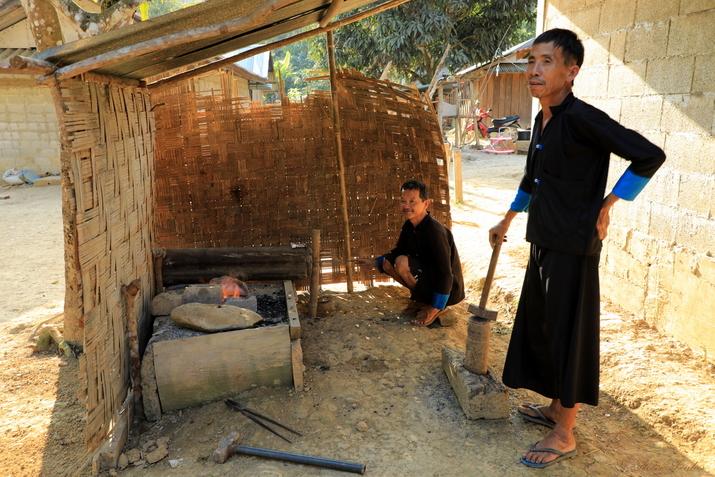 Tranche de vie chez les minorités du nord Laos