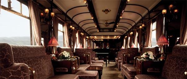 Le luxe vintage de la voiture salon de l'Orient Express...