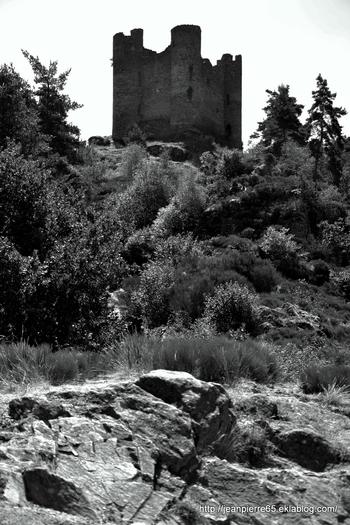 2015.08.20 Viaduc Garabit, Belvédère Mallet, Château et Chapelle d'Aleuze (Cantal)