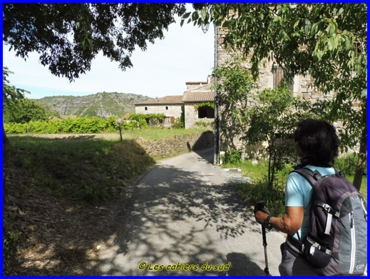 Le balcon du Chassezac, le sentier de la corniche