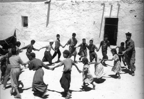 Photo de propagande des SAS, en Algérie