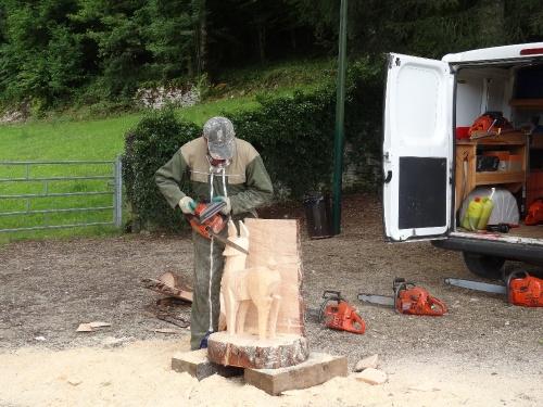 Lionel Rodriguez, sculpteur à la tronçonneuse...
