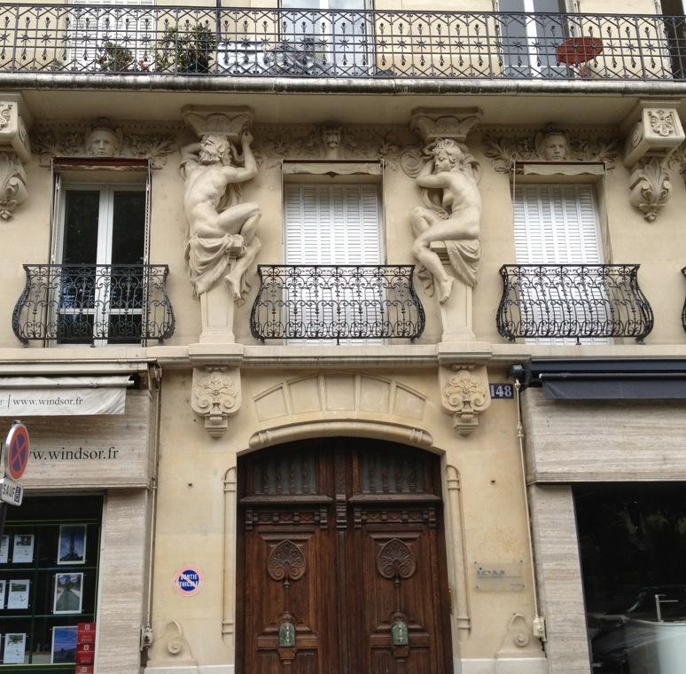 Porte Haussmannienne immeuble haussmannien - photos du jour