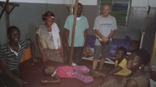 Après midi à l'orphelinat