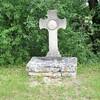LOZE mai 2017 croix de chemin sur le GR 46  photo mcmg82