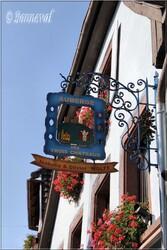 Enseigne Eguisheim Haut-Rhin Alsace