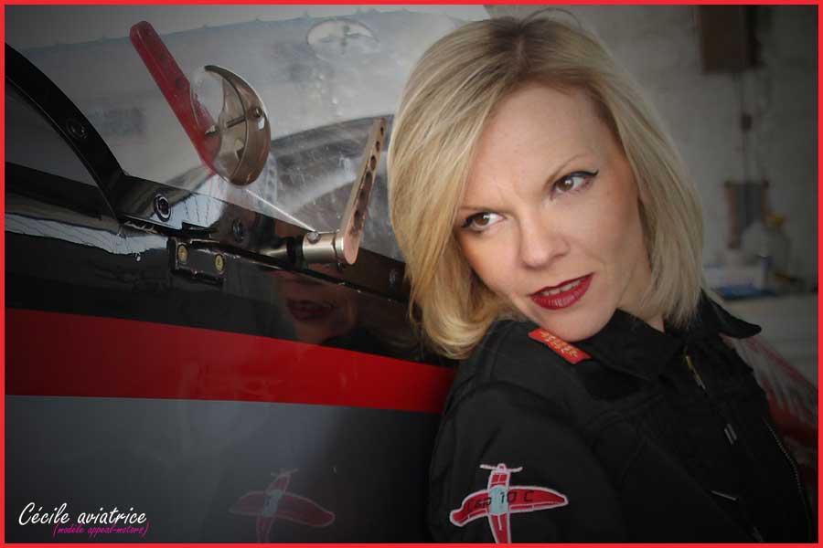 Cécile aviatrice