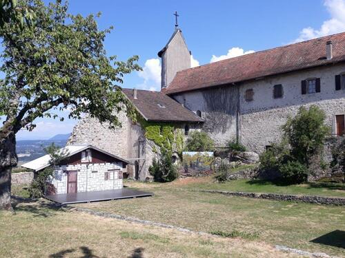 Le château neuf et sa chapelle