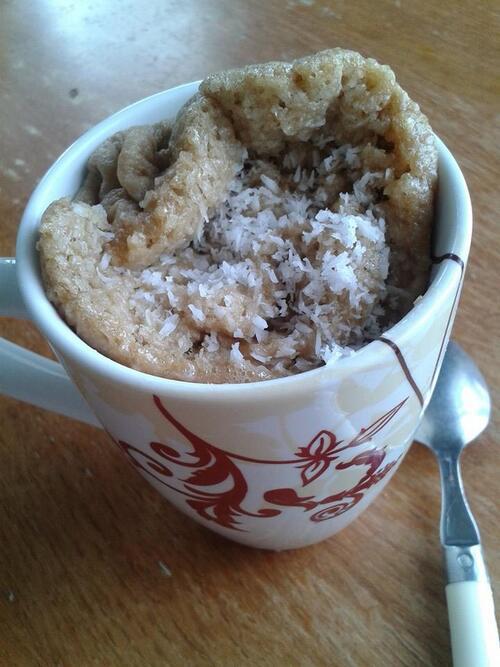 mug cake allégé chocolat et noix de coco