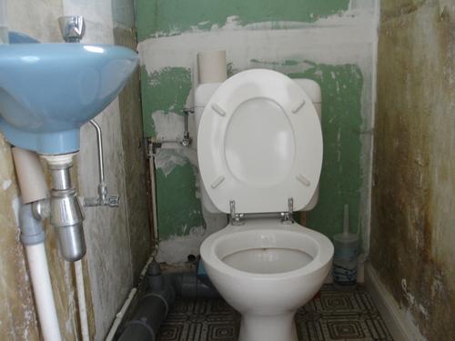[2013-03-17] Chier dans de l'eau potable ou composter ses déchets?