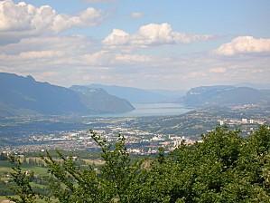 Chambery et lac du bourget vue generale