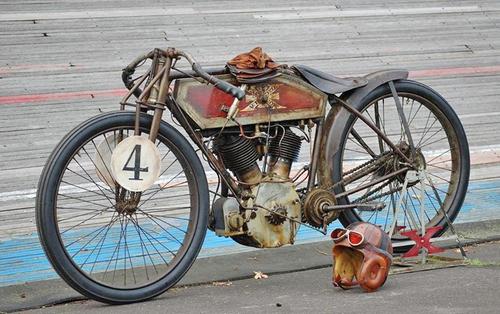 Les vraies anciennes, c'est au Vintage à Montlhéry