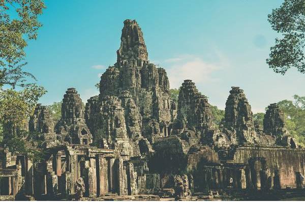 Angkor (vietnam-travel)