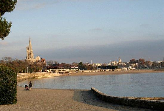 Vue de la plage de La Rochelle- Mail