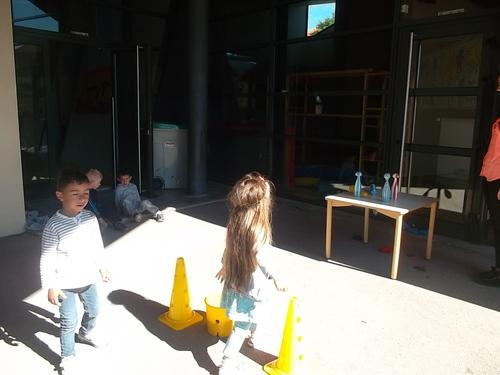 Le lancer à l'école