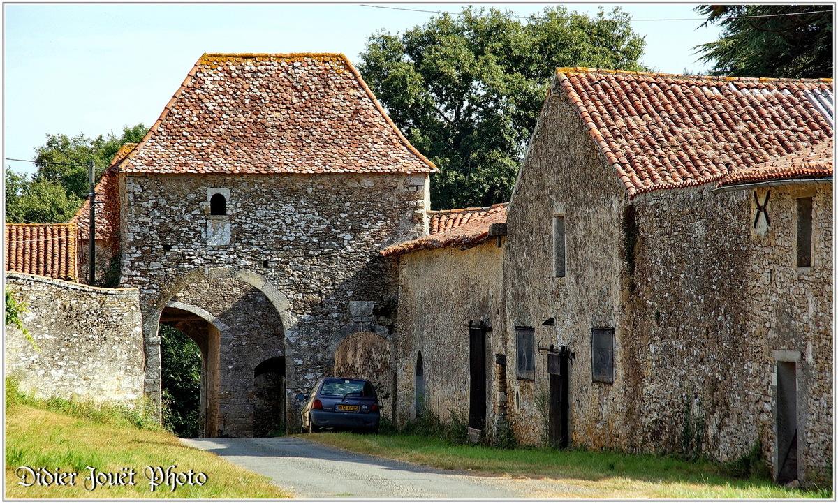 (85) Vendée - Chantonnay (1) - Manoir de Ponsay