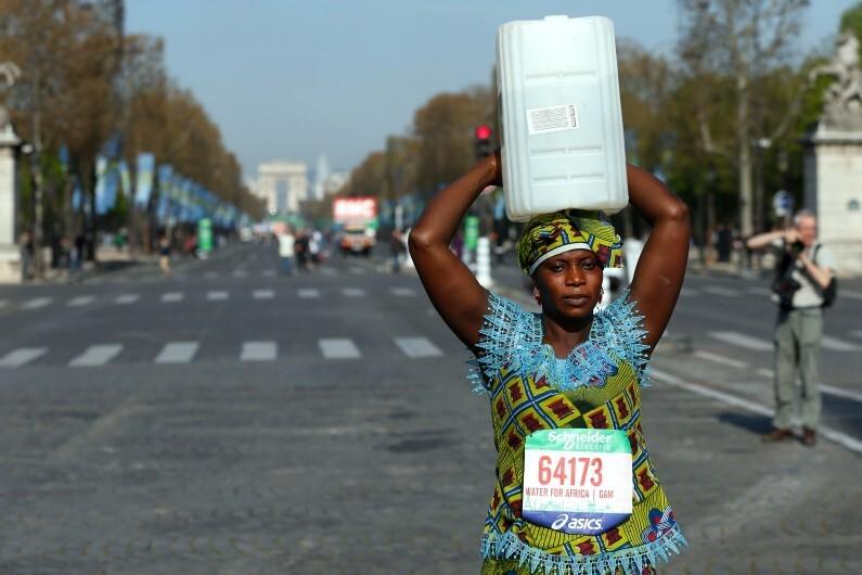 Siabatou Sanneh sur le marathon de Paris, le 12 avril 2015