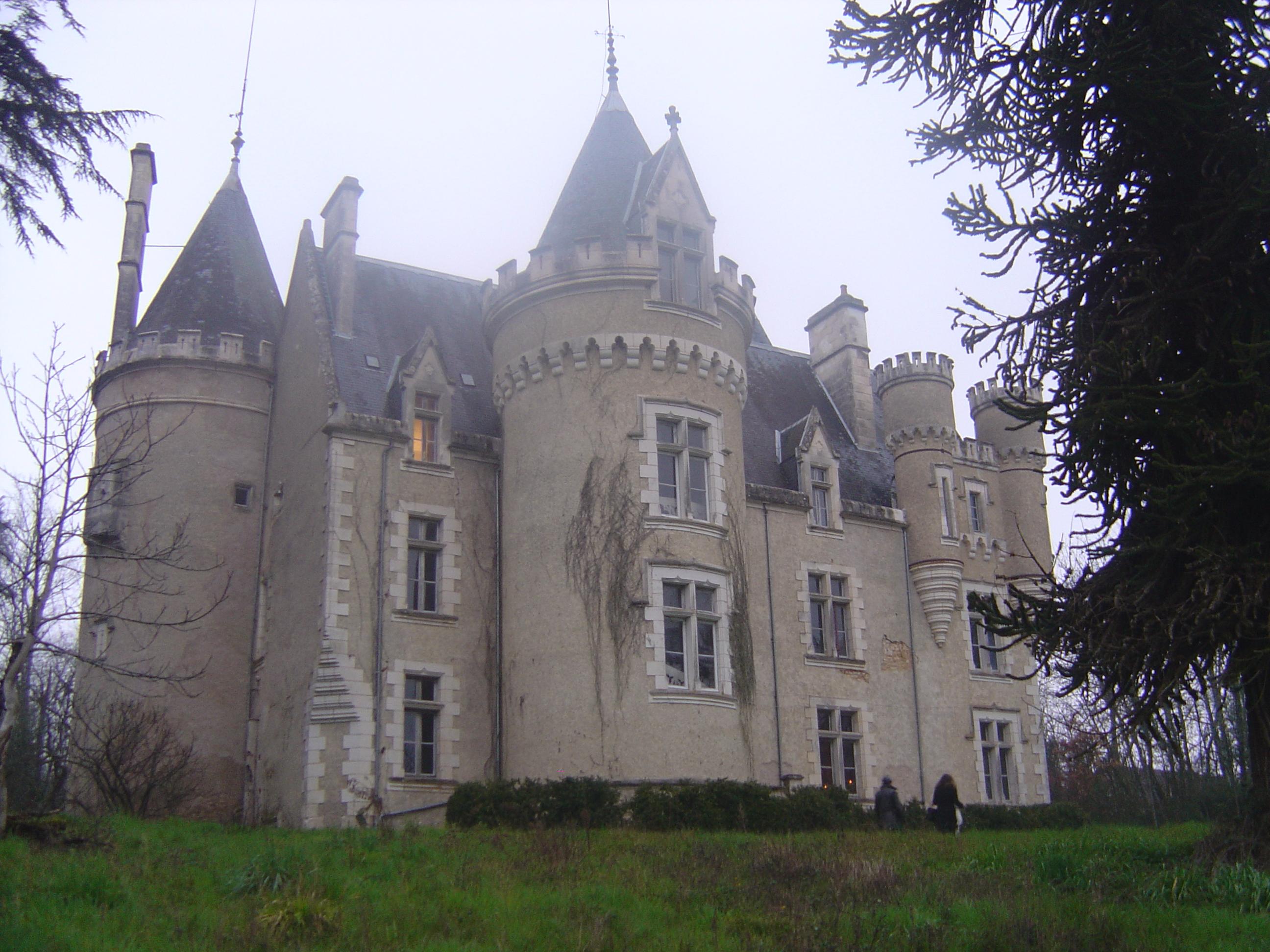 Lionel et le Château de Fougeret