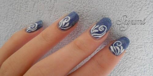 Nail Art White Detail