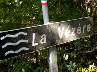 Uzerche : randonnée automnale sur les pas de Simone de Beauvoir