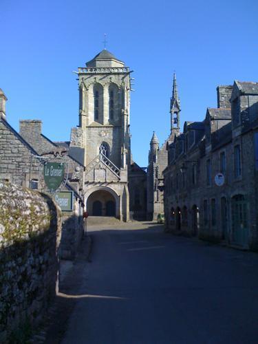 l'église Saint Ronan à Locronan