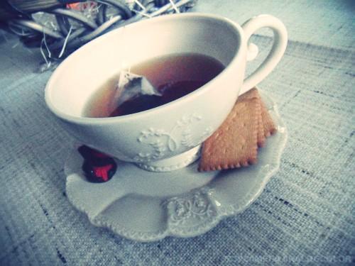 """""""Un bain rafraichit le corps, une tasse de thé l'esprit"""""""