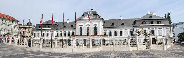 Blog de lisezmoi : Hello! Bienvenue sur mon blog!, La Slovaquie : Bratislava