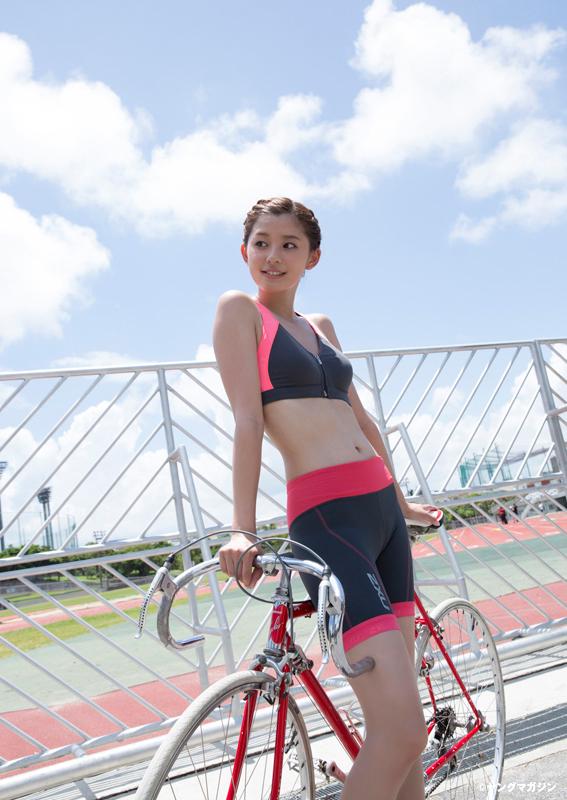 Aya Asahina 朝比奈彩 Young Magazine ヤングマガジン 2015 No 44 06