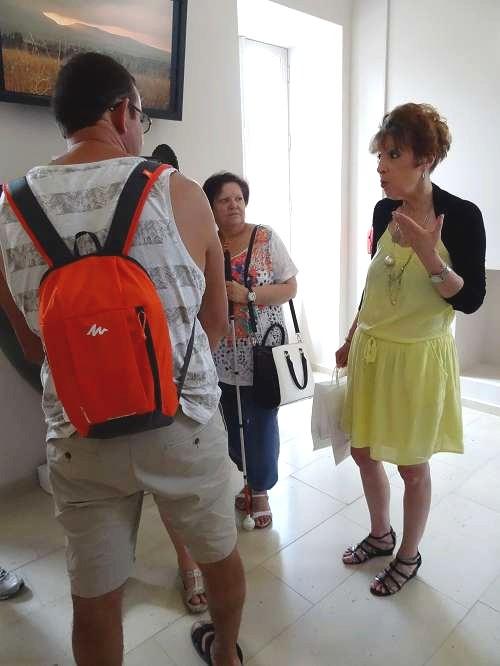Un groupe de mal-voyants a visité le Musée du Pays Châillonnais-Trésor de Vix