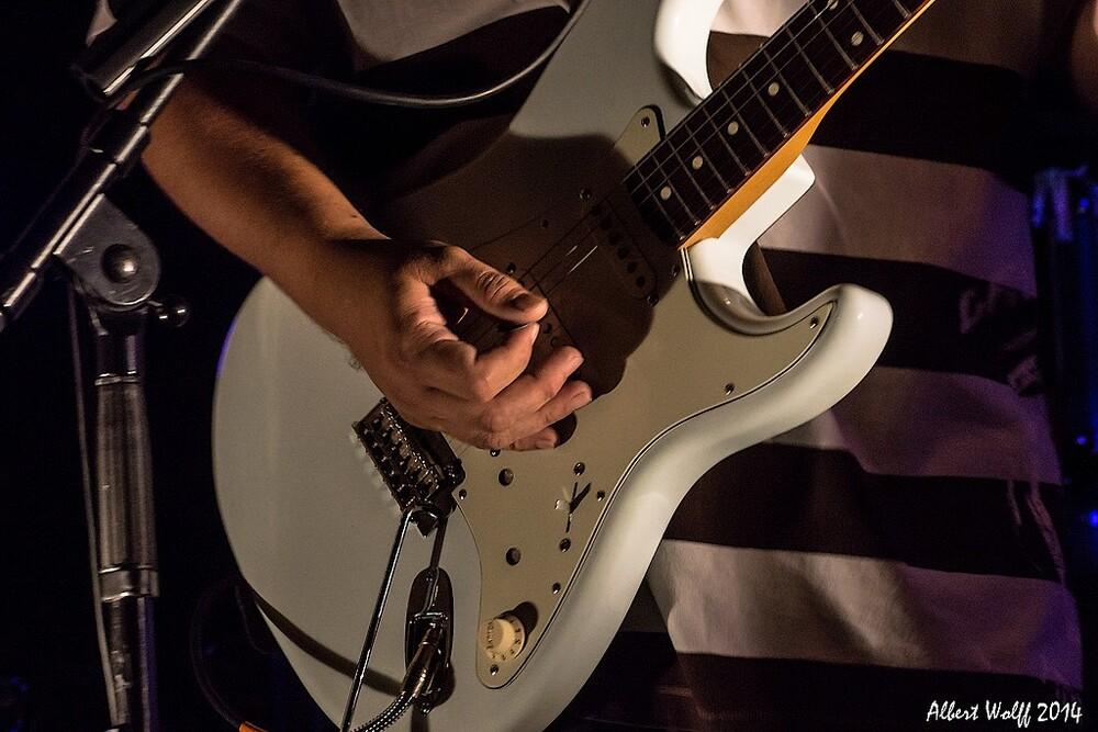 J'ai la guitare qui me démange...