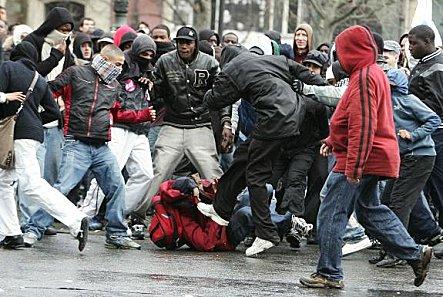 Violence Urbaine : La Dérive des LACHES !