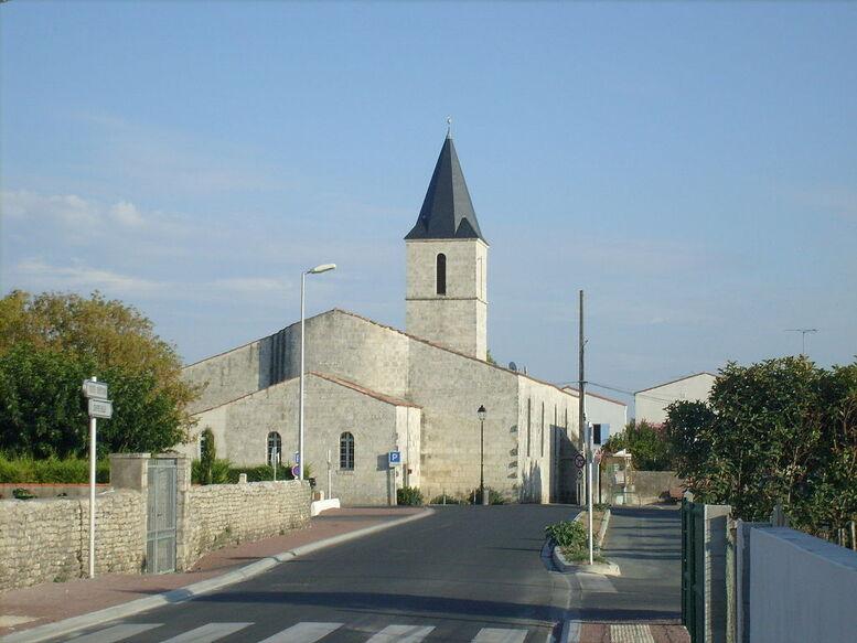 Eglise Saint-André Dolus.jpg