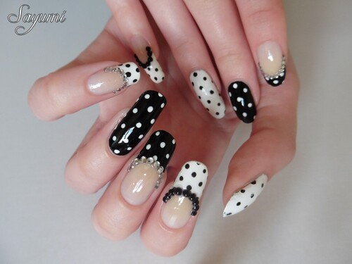 Nail Art Black & White