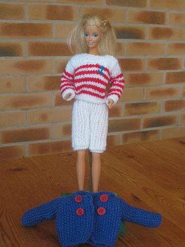 tenue-marine-pour-Barbie--2--2-.jpg
