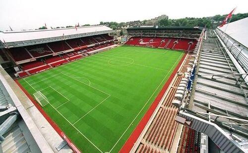 Stade Highbury.