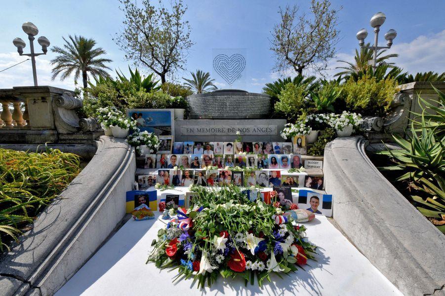 Hommage aux victimes de Nice...n'oublions pas !