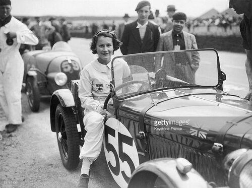 Elsie Mary Wisdom & KathleenPetre Coad Defries