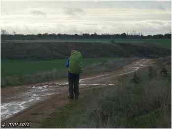 (J30) Calzadilla de los Hermanillos / San Nicolas del Real Camino 4 mai 2012 (1)