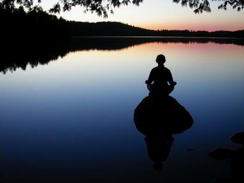 Qu'est ce qui médite dans l'homme ?