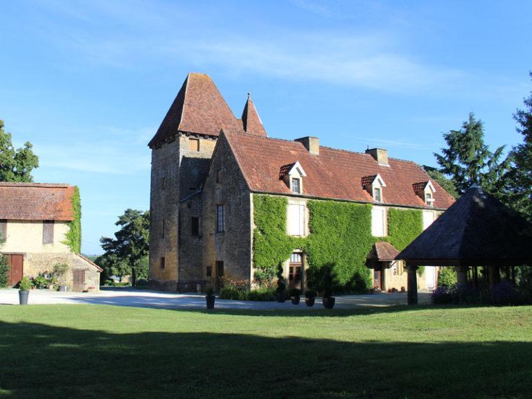 """Résultat de recherche d'images pour """"marcillac saint quentin chateau du barry"""""""""""